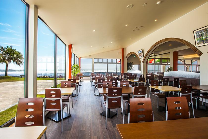 1층 레스토랑