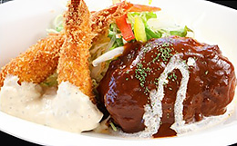 ハンバーグ&エビフライ定食